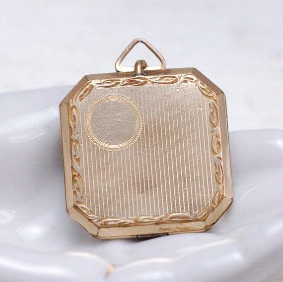 Antique Locket With Unique Clasp