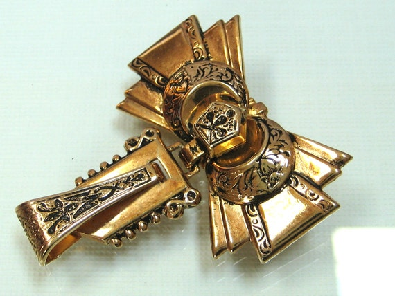Victorian brooch pin Taille D'Epergne articulated