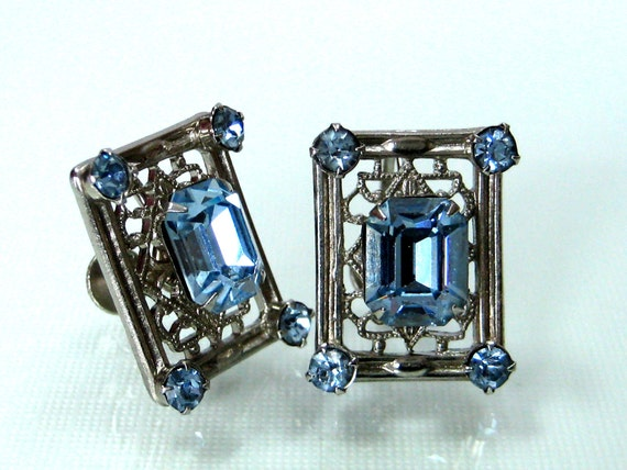 Vintage Blue Rhinestone filigree earrings screwback