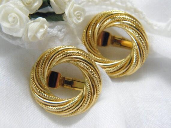 Vintage Trifari Gold Loop Earrings