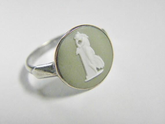 Vintage Wedgwood Jasperware Sterling Ring, Size 7