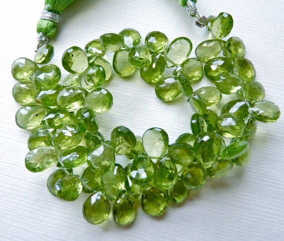 Sale AAA Natural Peridot gemstone briolette-faceted peridot pear briolette- 6 Pcs 6-9 mm