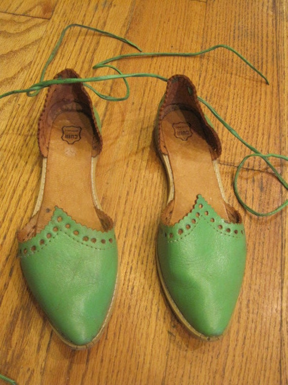 Vintage Ethnic Handmade Flat Leather Shoes Moroccan Babouche Style Size 6 Lime Green Marrakesh Lace Up