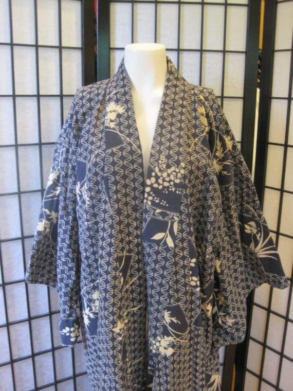 Vintage Kimono Robe Cotton Made in Japan Navy Blue Beige Floral Fan Pattern Large Unisex