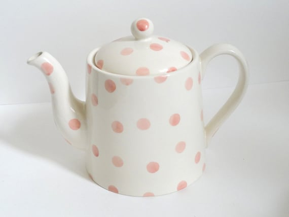 Moorland Staffordshire Chelsea Pink Polka Dot Teapot