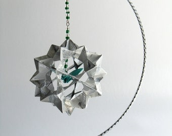 FATHER'S DAY GIFT Decoration Home Décor 3D Modular Origami Handmade in Shimmery Metallic Silver W/Green Crane on Ornament Stand OOaK
