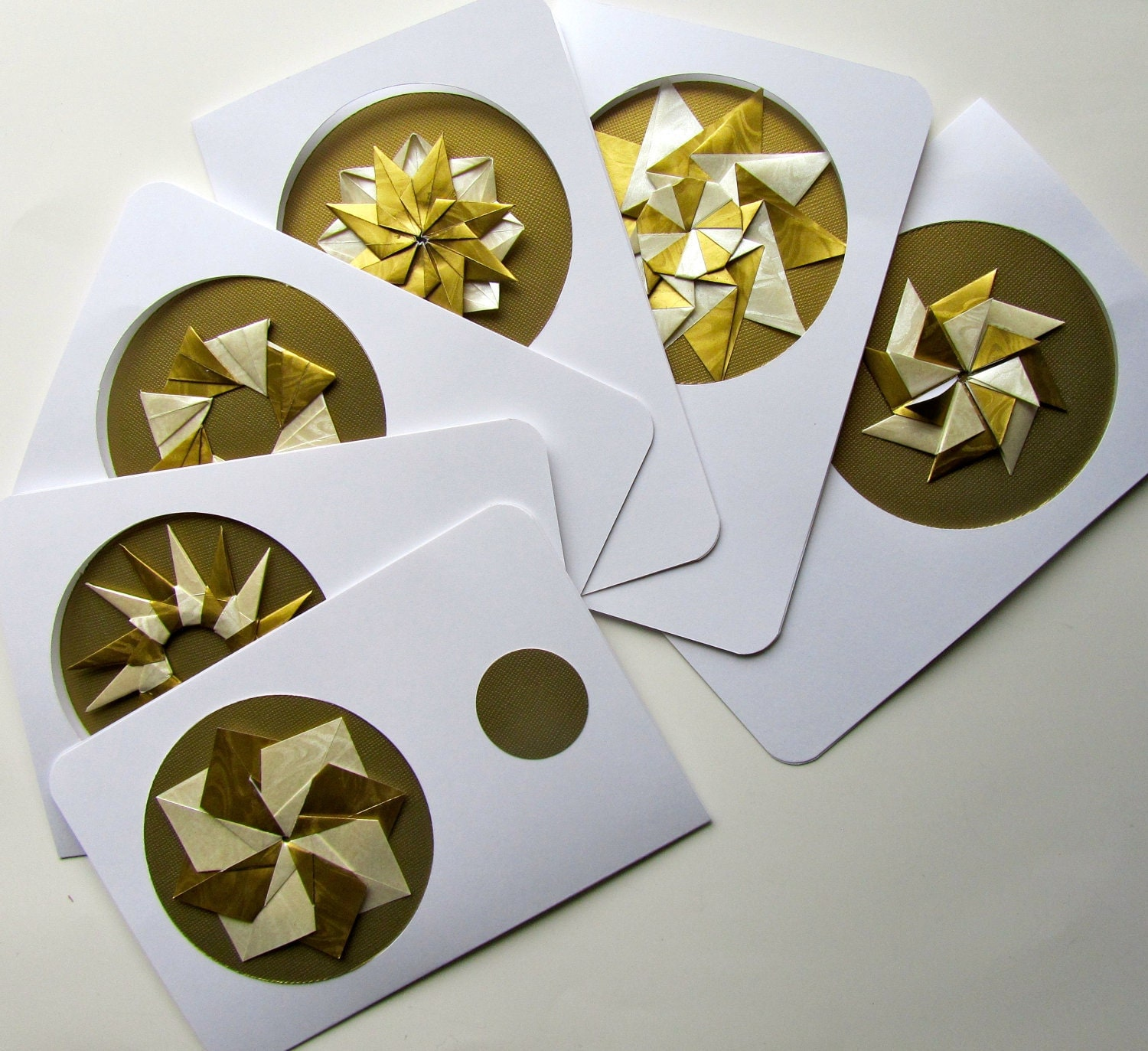 6 HOLIDAY Greeting Cards Contain DETACHABLE ORNAMENTS, Handmade as Stars/ Wreaths in Shimmery Metallic Gold and White on Gold. One Of A Kind