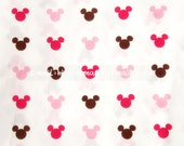 mi018 - 1 Yard Cotton Fabric - Cartoon Characters, Pink Cocoa Mickey Mouse (W140)