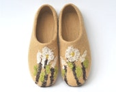 Felted slippers from natural wool ,Spring flower, beige.