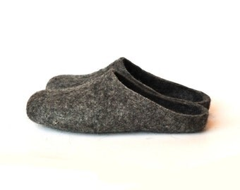 Eco friendly natural grey colour handmade felted slippers - men