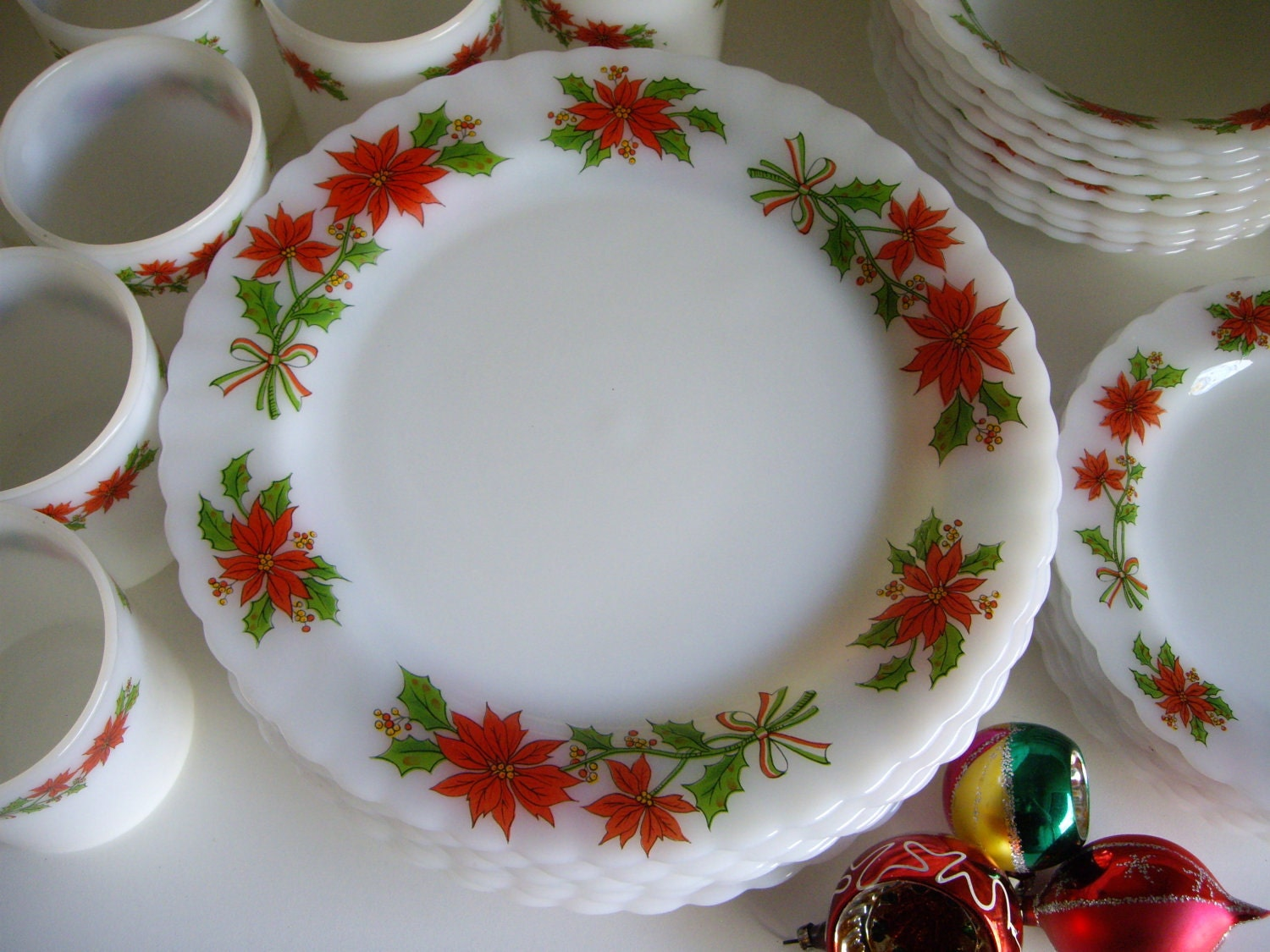 Christmas Dishes Lookup Beforebuying & Holiday Dinnerware Clearance - Castrophotos