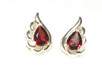 Pear Rhodolite Garnets Earrings