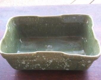 USA Pottery green planter