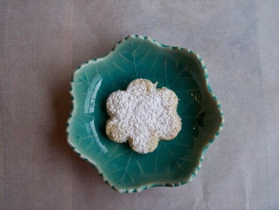 Sampaguitas (Coconut Shortbread)
