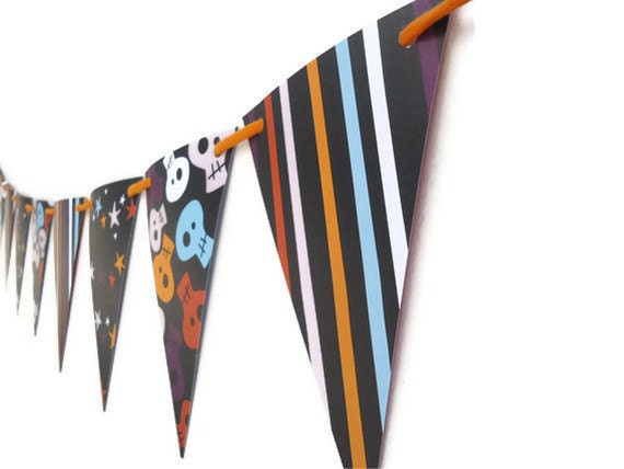 Halloween Bunting Banner, Skulls Garland, Stripes and Stars, Double Sided Cardstock, Party Decoration, Wall Hanging
