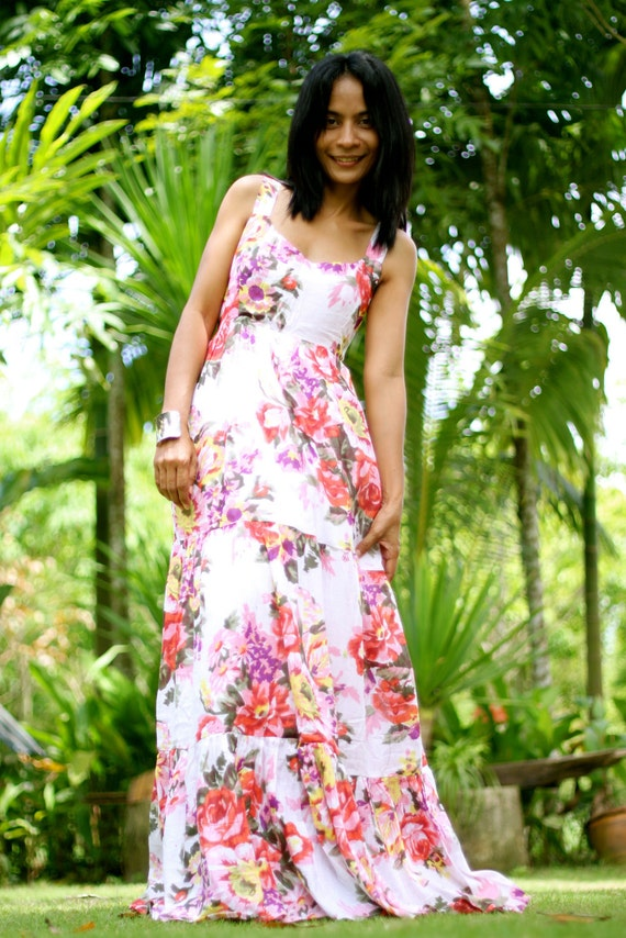 Bohemian Sleeveless White Pink Flower Print Long Maxi Dress : Hippie Chickie Collection