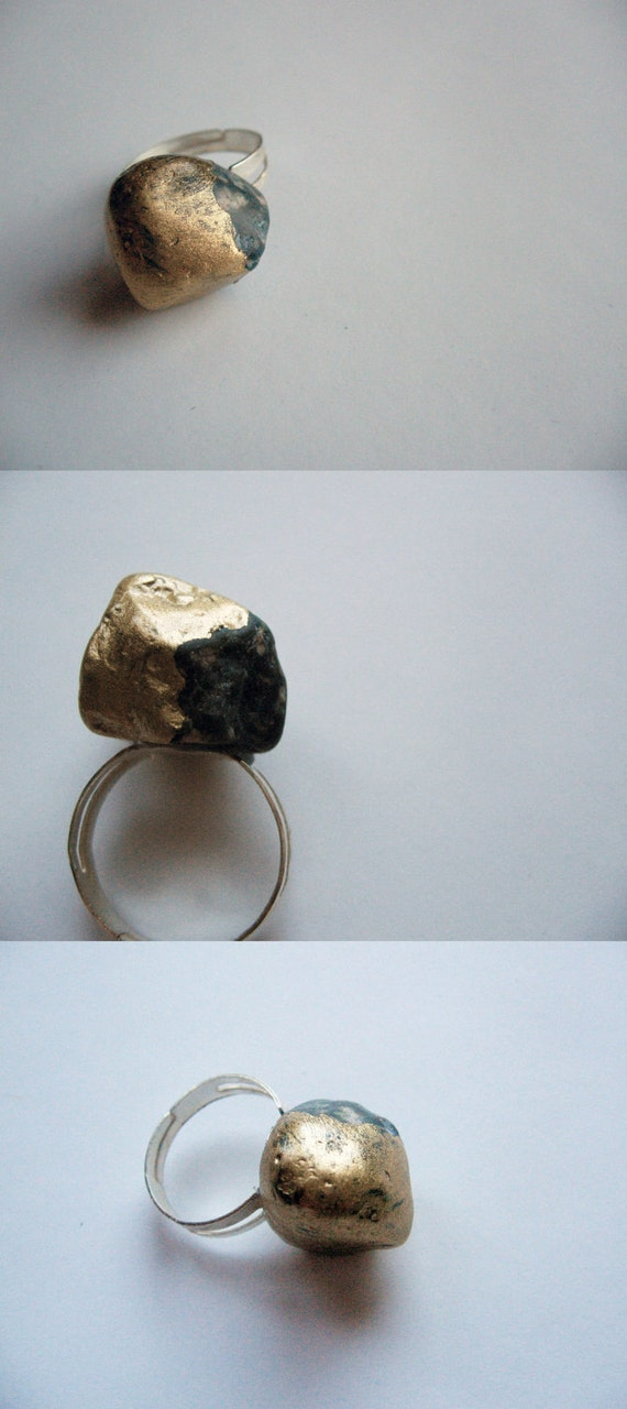 Golden stone ring- pebble ring- sea stone dipped in gold
