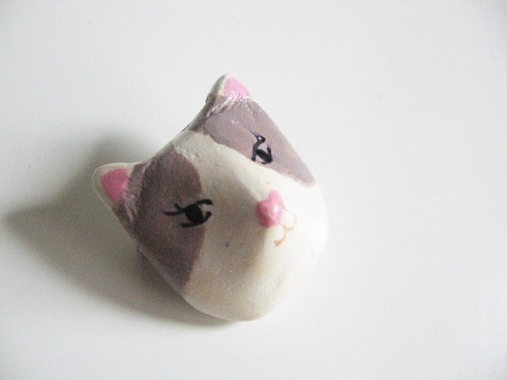 Cat head brooch- small brooch- miniature cat- totem animal- brown spots cat