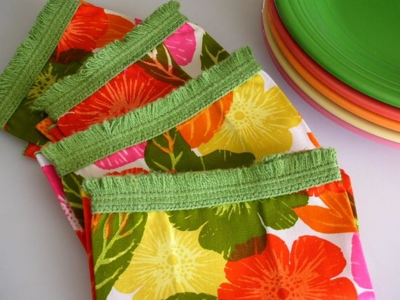 1960s Floral Napkin Set with Avocado Fringe UNUSED-Set of 4- Treasury Item from The Back part of the Basement