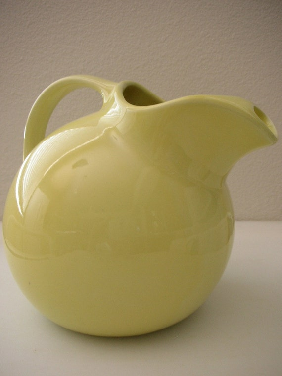 2 QT Hall Pitcher in Lemonade Retro Ball Yellow Pitcher 2 QUART  from The Back part of the Basement