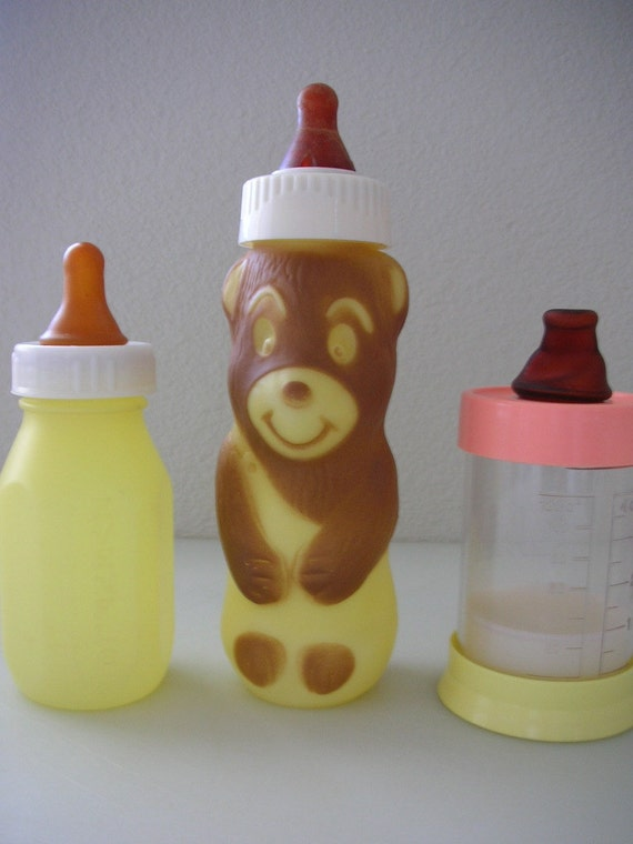 Vintage Baby Bottles Plastic Set Of 3 Bear And Evenflo