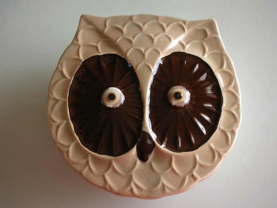 Owl Trinket Box Lidded Large Hoot Owl Face Made in Japan from The Back Part of the Basement