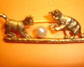 1928 designer playful cats pin brooch