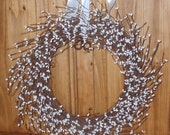 Snow White Berry Wreath All Season