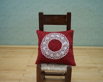 miniature lace pillow 1 inch scale
