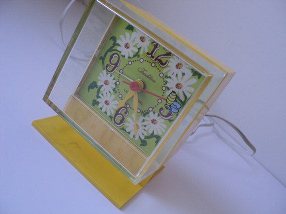 Vintage Clock - Made in USA - 1960s - Retro Yellow Flowers Bee - Sears and Roebuck - Working