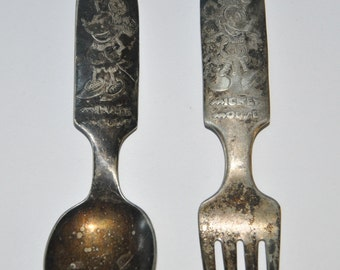 Vintage 1930s fairfield Mickey & Minnie Mouse fork and spoon