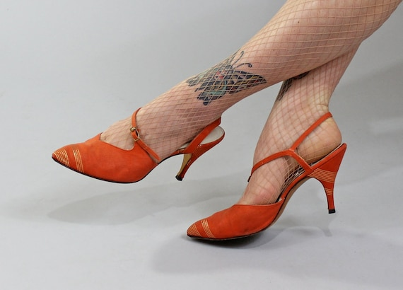 1950s Vintage Shoes...WITHOUT A SONG Fall Colors Orange and Metallic Gold Pointed Toe Slingback Heels Size 8.5