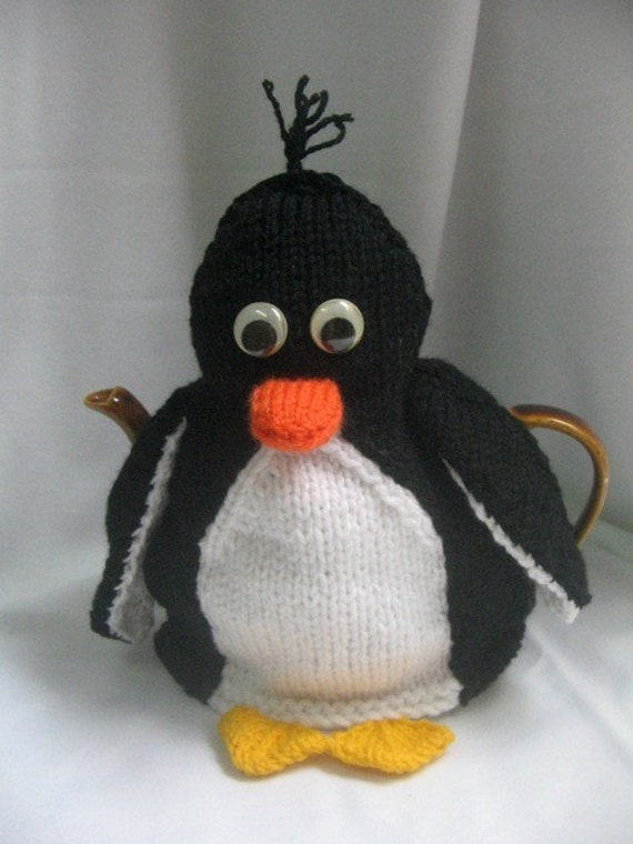 Knitting Pattern For Penguin : Penguin Tea Cosy and Toy Penguin KNITTING PATTERN by ...