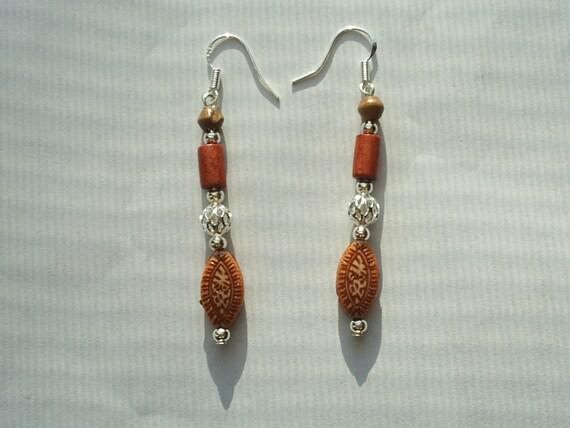 1 Pair Silver-Brown Wood Dangle Earrings