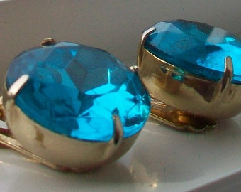 SALE Vintage Retro Gold Tone Swiss Blue Glass Topaz Earrings BIG Gorgeous Gems Rockabilly