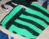 3t Black and Green Poncho