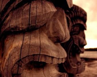 The Waaambulance. Tikis guard Puuhonau o Honaunau, Place of Refuge, Big Island