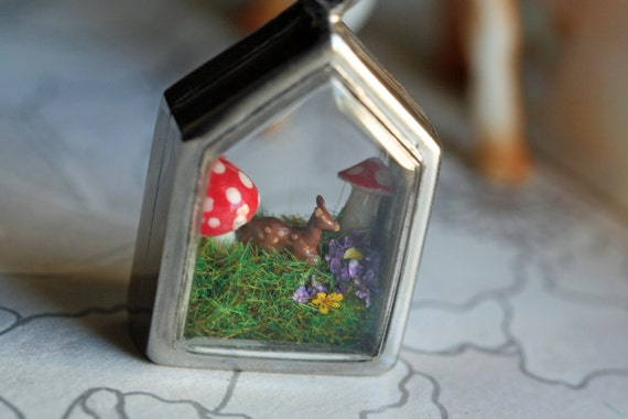 Terrarium necklace diorama necklace terrarium pendant diorama pendant miniature pendant woodland deer pendant deer necklace mushroom