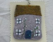 A little cottage keyring
