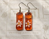 Glass earrings, handmade & hand painted, orange with daisy pattern
