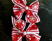 Red and White Snowflake Pinwheel Bow Set with Center Pearls