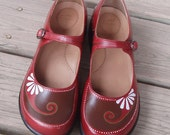 Daisy Janes hand painted red Danskos size 41