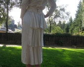 80's Gunne Sax Ivory Satin and Lace Dress with a Bustle size 5