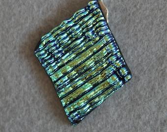 Diamond shaped textured dicro glass pendant