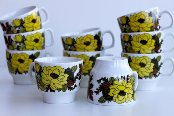 Vintage Floral Retro Set of 10 coffee cups