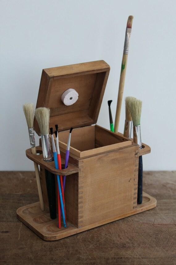 Artist's wooden caddy