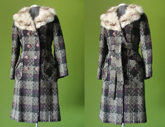 Vintage 1960s 70s Black Beige and Pink Plaid Double Breasted Belted Boucle Wool Coat with Fox Fur Collar Size 6 to 8 Medium