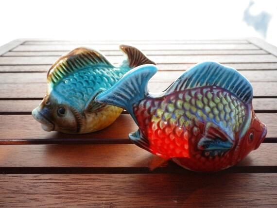 Salt & Pepper Shakers Vintage Colorful Ceramic Fish Spices Set