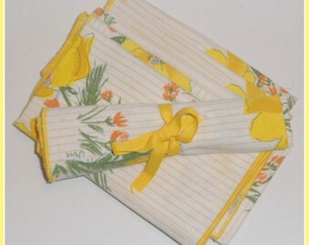 Cloth Napkins Vera Yellow Flowers Vintage Linens 6 Napkins