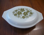 Vintage Pyrex Crazy Daisy/Spring Blossom Casserole Bowl with Lid